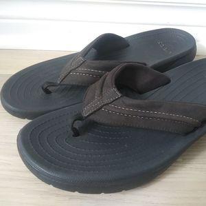 Men's Crocs Yukon Mesa Thong Sandals Size 11